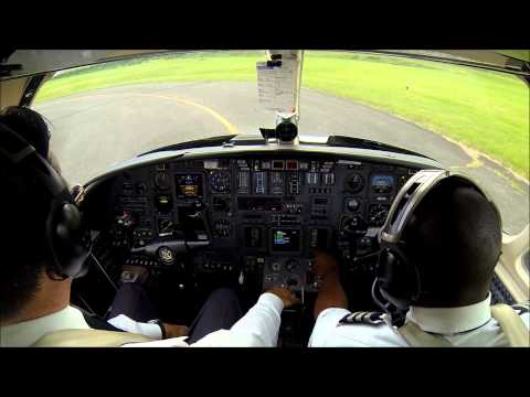 Jet landing on short runway - steep approach!