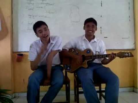 Gummy and Abai XI IPS 1 - ARMADA - Mabuk Cinta (cover) Travel Video