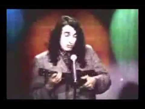 """Tiny Tim sings """"Livin' In The Sunlight, Lovin' In The Moonlight"""" on The Tonight Show in 1968"""