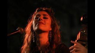 Mara Kaye sings BILLIE'S BLUES