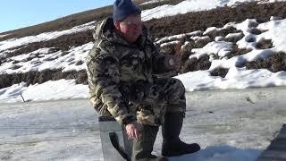 Жор плотвы на малых Сибирских реках Супер клёв Рыбалка 2020