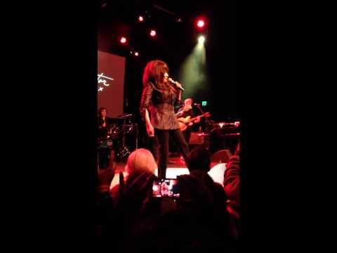 Ronnie Spector 10-28-13 El Rey Theater