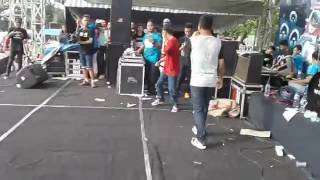 Video N.D.X _ A.K.A -kelingan mantan live lapngan pema ngunut download MP3, 3GP, MP4, WEBM, AVI, FLV Agustus 2018