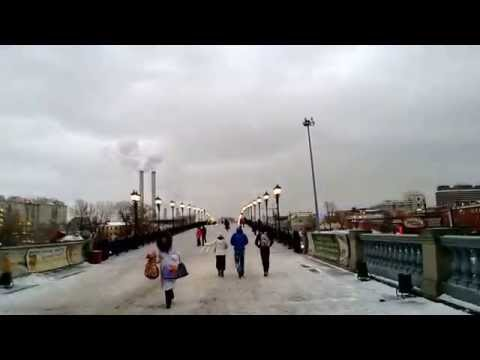 Walking from Church of Christ the Saviour to the Moskva River • 29 Dec 2012