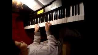 Phil Colins -Piano  Casio cdp- 220r