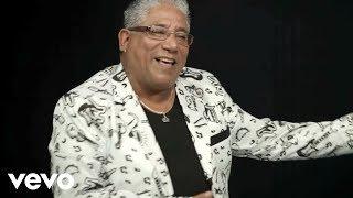 Hugo Fernández & Puro Reyes - Bailar Jalao
