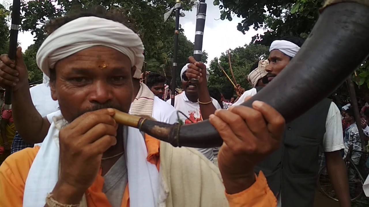 Tribal culture aadiwasi dance #Bastar #tribal #chattisgarh #uniqueindia #aadiwasijanjivan #travaller