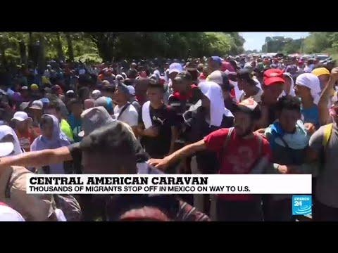 Migrant Caravan: thousands of migrants stop off in Mexico on way to U.S.