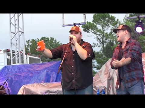 john-langston/luke-combs-dirt-road-anthem