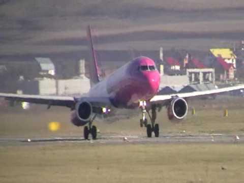 Airplanes CLJ Airport