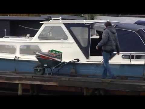 Boot Toilet Inbouwen : Vetus toilet inbouw door jachtservice breukelen youtube