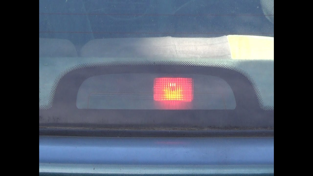 Honda Civic Hf >> 3rd / third brake light bulb / lamp change - YouTube