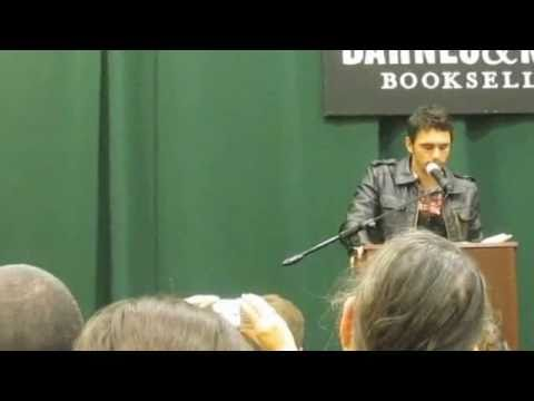 2of 2 - James Franco reads from his book 'Palo Alto' /Oct 20, 2010