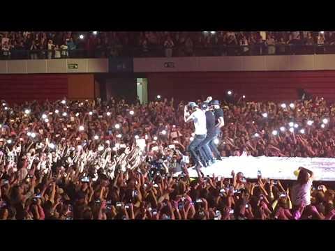 Enrique Iglesias - Bailando - Live Lisboa ft. Michael Carreira 2015