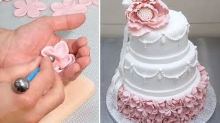 Elegant Wedding Cake How To *Decorar con Fondant by CakesStepByStep