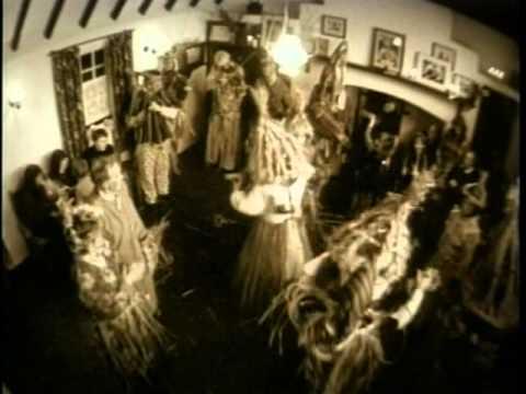 Loreena McKennitt - The Mummers' Dance Official video