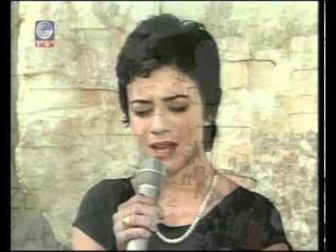 Singing at Yad Vashem, Israel (Holocaust Memorial Day - Jewish Israeli Song yom hashoah יום השואה)