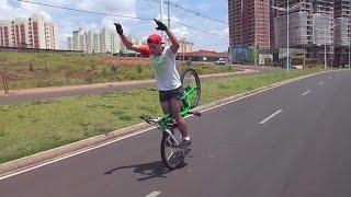 wheeling bike mtb stunts grau e rl awesome wheelie and stoppie