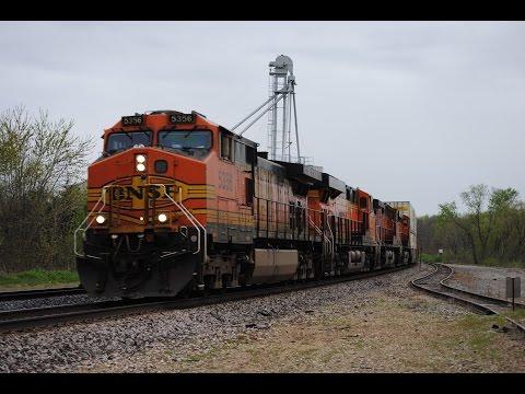 HD: April 2016 La Plata, MO Railfanning