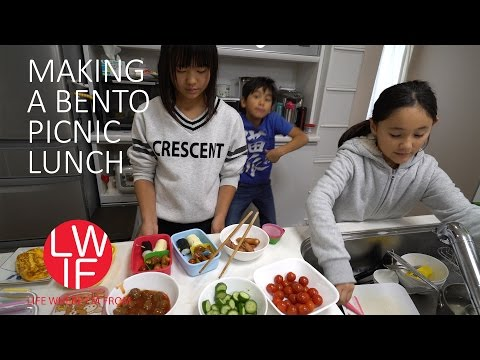 Making a Bento Picnic Lunch in Japan - YouTube