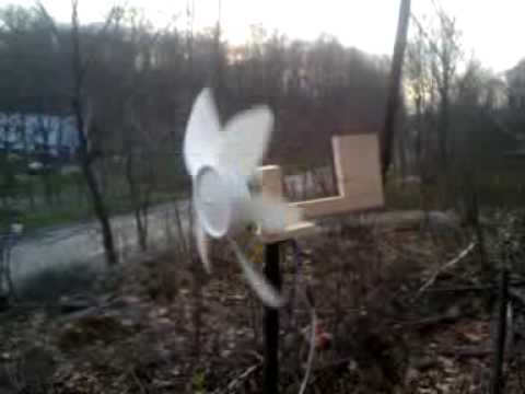 Homemade Box Fan Windmill conversion