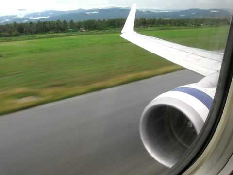 737-800 Landing in Honiara, Solomon Islands