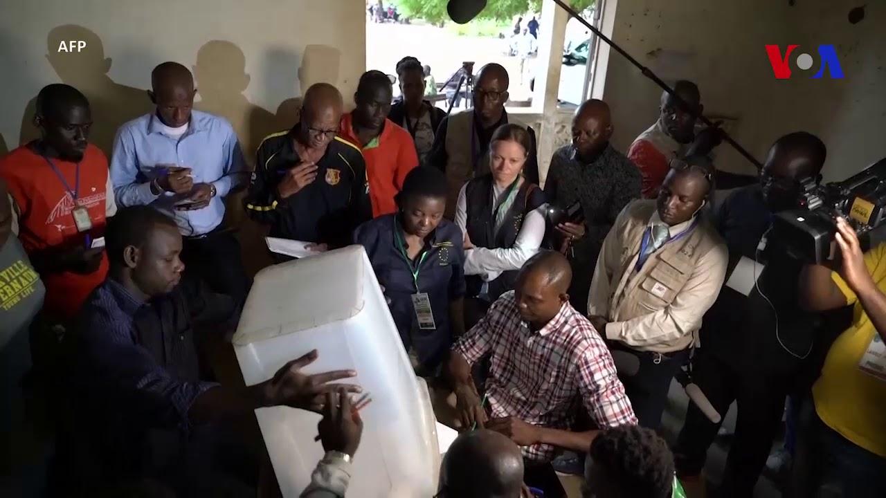 Mali fermeture des bureaux de vote et début du dépouillement