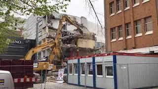 Abrissbagger - demolition excavator