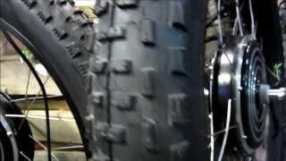 «фатбайк» (Fatbike) мотор-колеса 001(Большеколёсные велосипеды - «фатбайк» (Fatbike) - Обода на 32 отверстия, мы пересверлили фланцы у моторов на..., 2013-09-05T19:01:00.000Z)