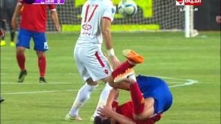 مباراة الاهلى والزمالك.. الدماء تغطي وجه سعد سمير إثر ضربه من باسم مرسي