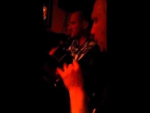 Enda Leavy playing a tune in Matt Molloys