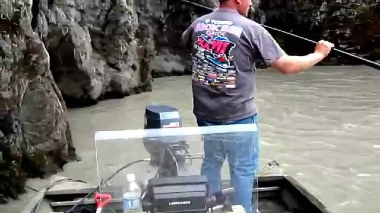 2012 Salmon Dipnetting In Chitina Ak Youtube