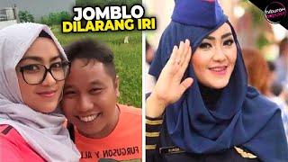 Ketemu Jodoh di Pesawat! 8 Artis Indonesia yang Menikahi Pramugari Cantik