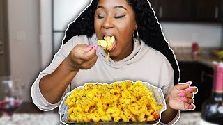 Download HOW TO MAKE CHEESY LOBSTER AND CRAB MAC AND CHEESE. Mp3 and Videos