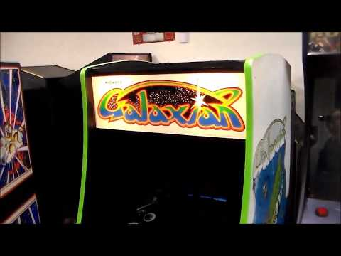 Midwayu0027s 1979 Galaxian Arcade Game with the 25u0022 monitor!