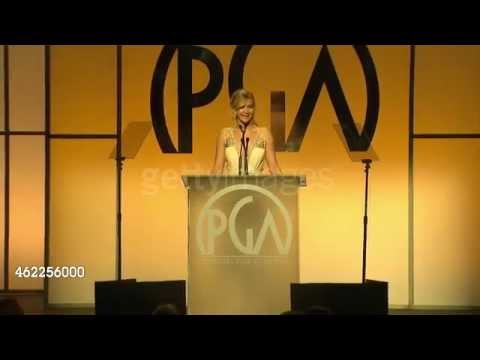 Jennifer Lawrence gives the most Jennifer Lawrence-ey speech at the Producers Guild Awards!!