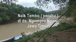 Naik Tembo Perahu di ds Ngompro Ngawi Jawa Timur