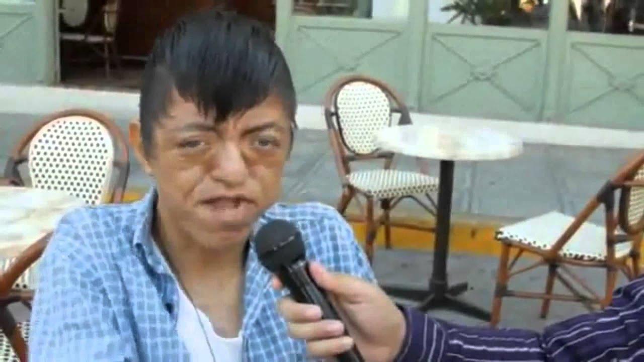 Bebe emoxito es entrevistado - YouTube