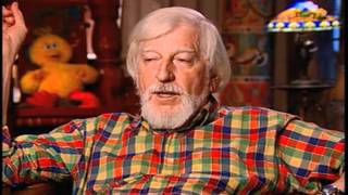 """Caroll Spinney on performing the earliest version of """"Oscar the Grouch"""" - EMMYTVLEGENDS.ORG"""