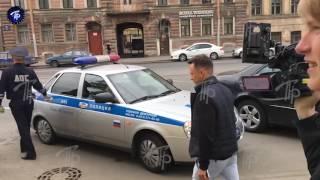 В Петербурге задержали звезду Comedy Club