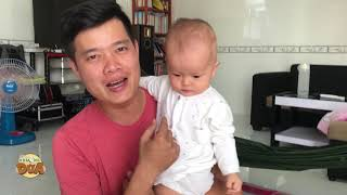Cuối tuần Khương Dừa ở nhà chăm hai con nhỏ để hiểu được nỗi khổ của bà xã