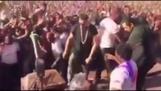 SabWap CoM Yo Yo Honey Singh Live Dubai Holi 2016 Honey Singh at Dubai Ho