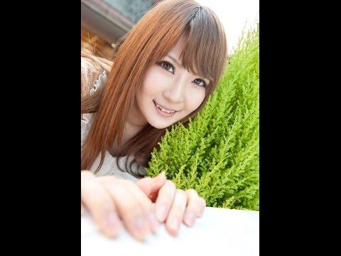 Momoka Nishina japanese model