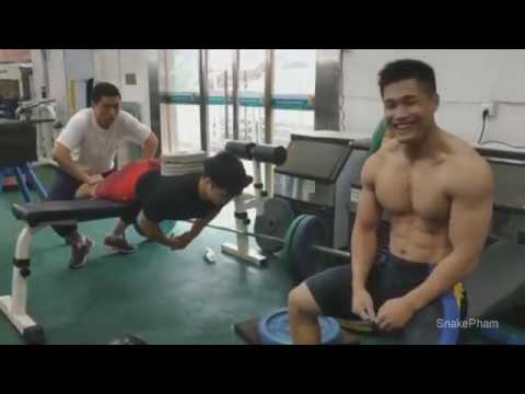 Amazing Chinese olympic weightlifting training