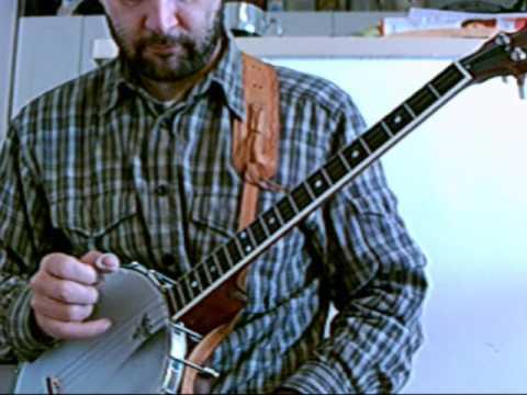 Melody on treble strings  bass  strumming on DGdg tenor banjo
