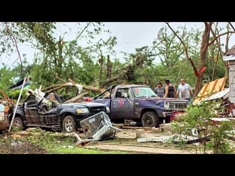 Van, Texas - Tornado aftermath slideshow