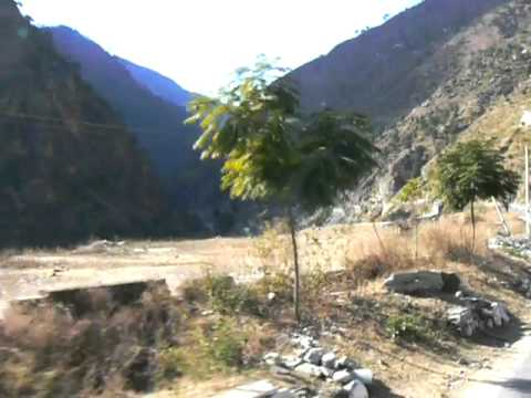 Road from Manikaran to Simla.avi
