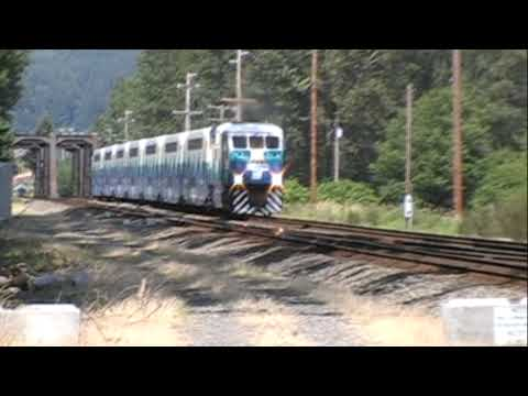 SOUNDER Commuter trains @ Sumner & Tacoma, WA