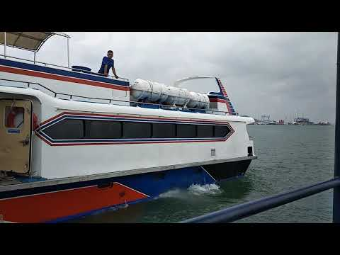 Mv Batam Jet 1 Berangkat dari pelabuhan Sekupang, Batam