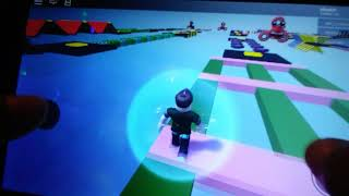 Here playing in roblox and I'm very nob if you like it if you pliz comneten in that it's really bad pa